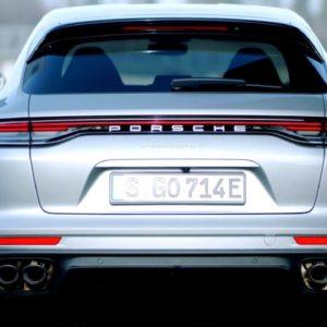 2021 Porsche Panamera 4 E-Hybrid Sport Turismo in GT Silver