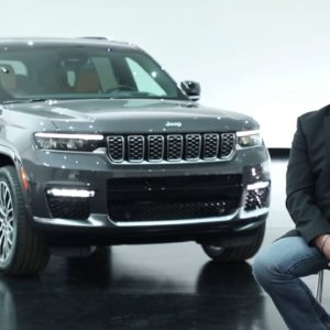 2021 Jeep Grand Cherokee L Off Roading